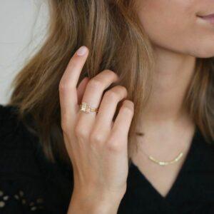 Nord | White ring, turned 18 karat ring i guld