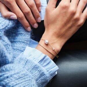 Fryd | Diamant Pearl armbånd 18 karat armbånd i guld