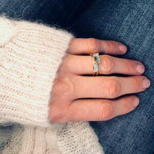 Nord | Blue ring 18 karat ring i blå