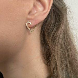 Sif Jacobs Valentine kollektion øreringe i forgyldt sølv formet som hjerter sat ned hvide zirkoner